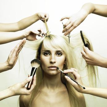 Kosmetik im Salon Neumann